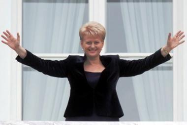 Prezidentės sveikinimai - Ž.Balčiūnaitei ir jauniesiems krepšininkams