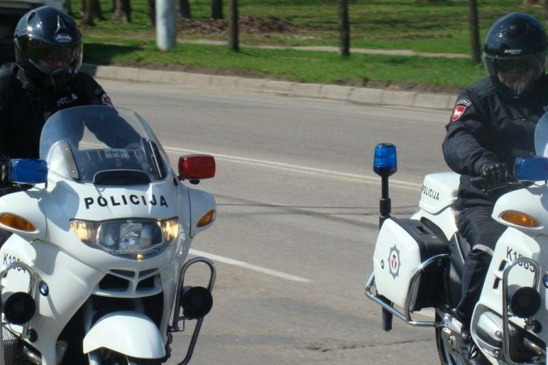 Per savaitę – 5,6 tūkst. kelių eismo taisyklių pažeidimų