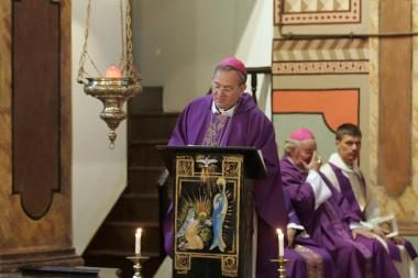 Turkijoje vyskupą nužudęs asmens sargybinis tvirtina patyręs