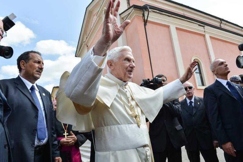 Popiežius aplankė Italijos žemės drebėjimo rajoną