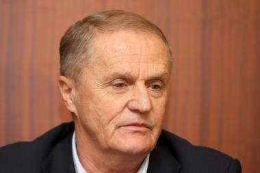 Seimo nariai susirūpino Futbolo federacijos skaidrumu