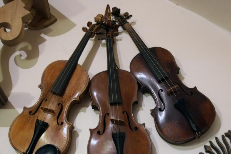 Vokietijos muitinė reikalauja iš japonų muzikantės 500 tūkst. dolerių