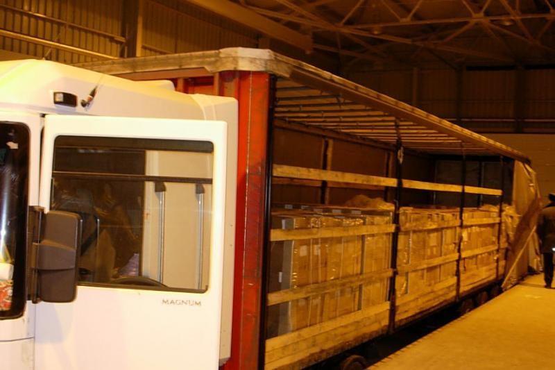 Ruso slėptas 728 tūkst. litų vertės kontrabandinių cigarečių krovinys