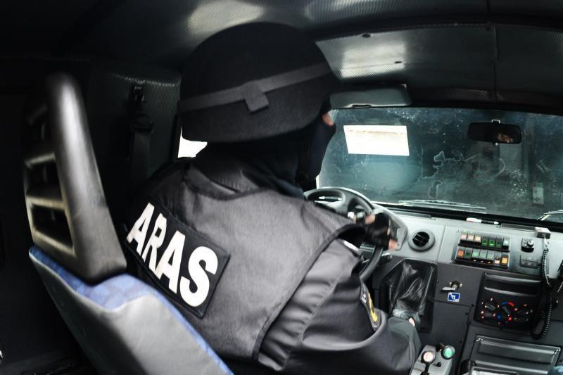 Policijos žirgyno teritorijoje, Belmonte, rastas sprogmenų arsenalas