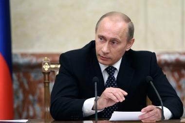 V.Putinas: recesija Rusijos ekonomikoje baigėsi