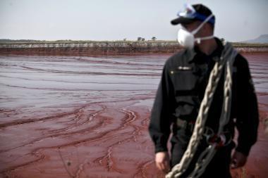 Vengrija nacionalizavo ekologinę katastrofą šalyje sukėlusią įmonę
