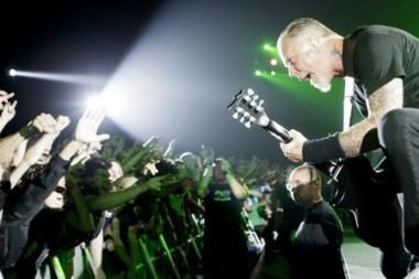 "Legendinę ""Metallica"" apšildys grupė iš Prancūzijos"