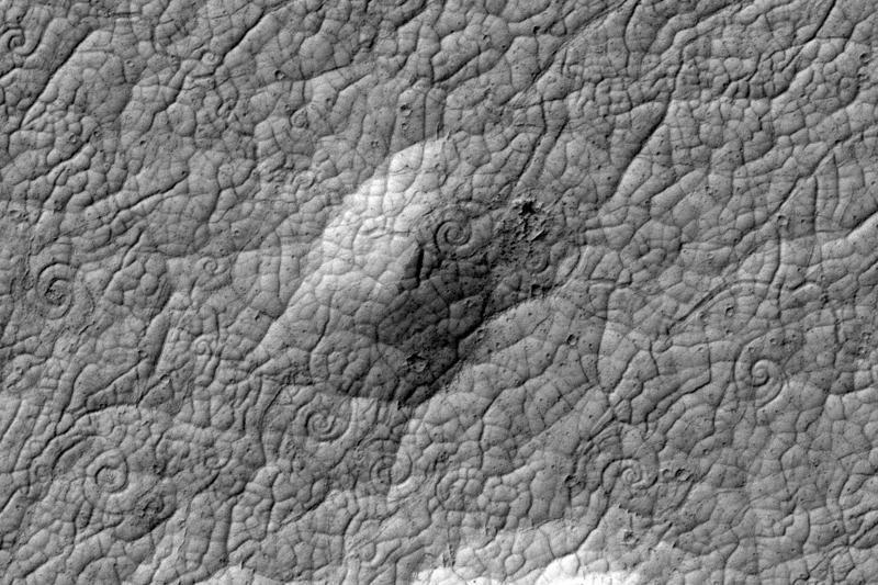Marso paviršiuje aptiktas gigantiškų spiralių telkinys