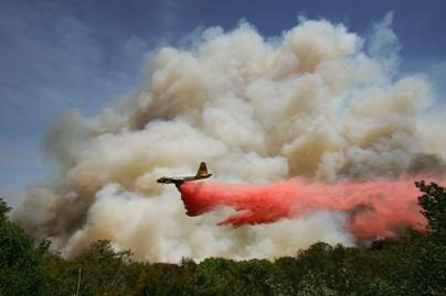 Kalifornijoje dėl gaisrų evakuota tūkstančiai gyventojų