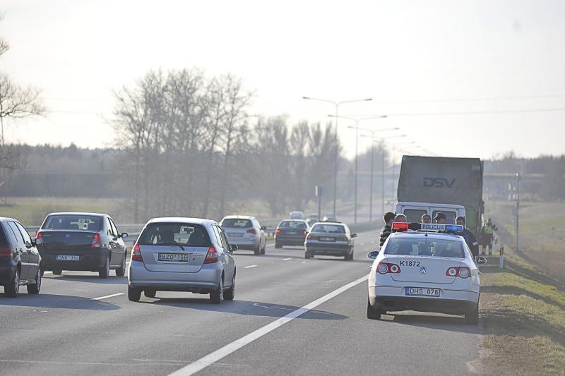 Per savaitę keliuose žuvo vienas žmogus – pėsčiasis