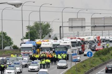 Ispanijos vežėjai sukilo dėl kuro kainų