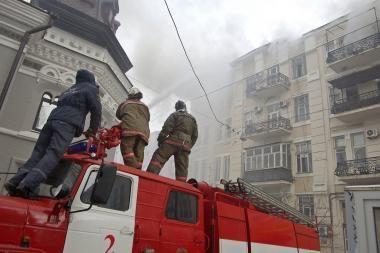 Apie gaisrą pranešęs taksistas išgelbėjo senuko gyvybę