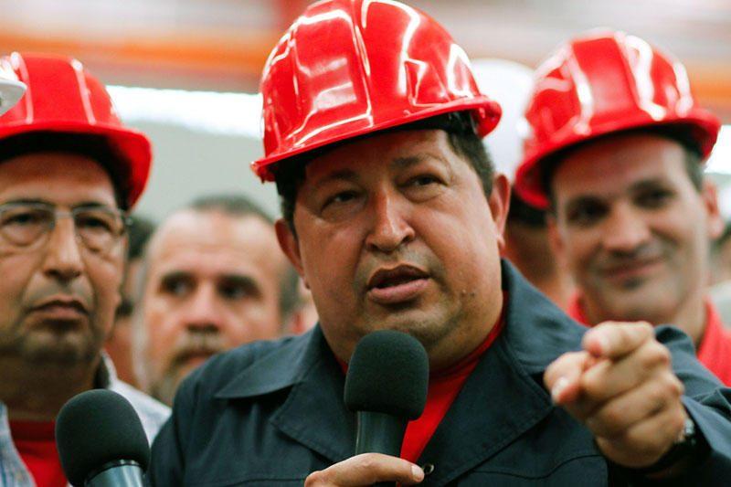 H.Chavezas po vėžio gydymo kurso Kuboje grįžta į Venesuelą