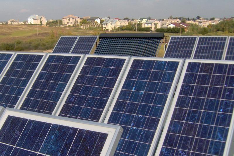 Gyventojai, norintys įdarbinti saulę, įmones registruoja butuose