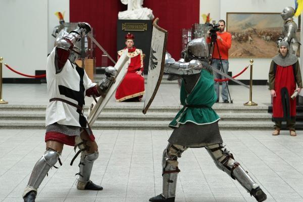 Žalgirio mūšyje dalyvaujasiantis kunigaikštis Vytautas ir jo kariai apdrausti už 24 mln. litų