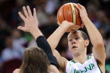 Metų krepšininko rinkimuose pirmauja R.Šiškauskas