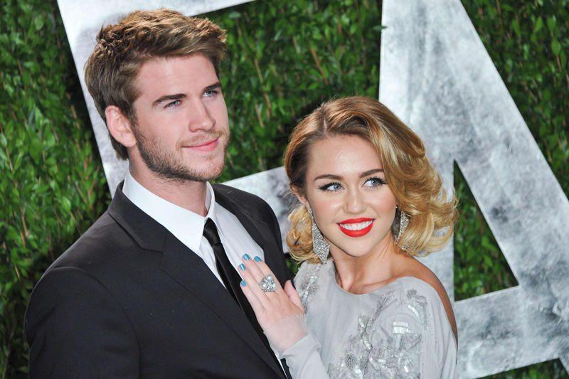 Miley Cyrus žiedas kainavo 250 tūkst. dolerių