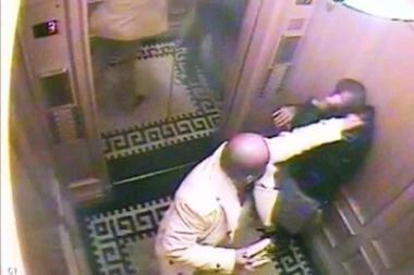 Saudo Arabijos princui už tarno nužudymą skirta įkalinimo iki gyvos galvos bausmė