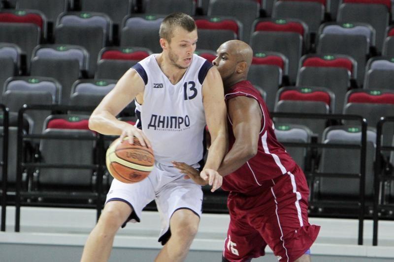 """V.Vasylius ir S.Galdikas žais """"Dnipro"""" krepšinio komandoje"""