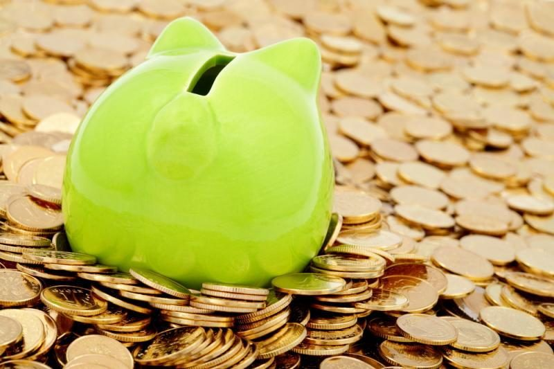 Bankai skolina mažiau nei sulaukia įplaukų
