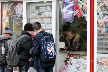 Spaudos kioskuose bus prekiaujama alkoholiu (papildyta)
