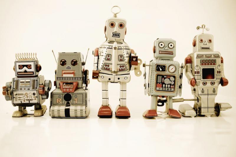 Patentuojamas robotų reprodukcijos mechanizmas