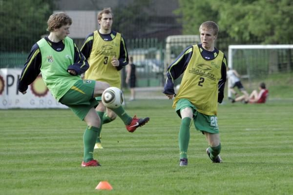 Futbolo rinktinė į Ukrainą vešis du puolėjus
