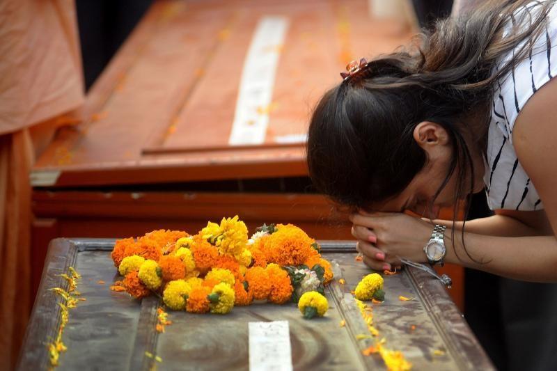 Indijoje autobusui susidūrus su sunkvežimiu žuvo 16 žmonių