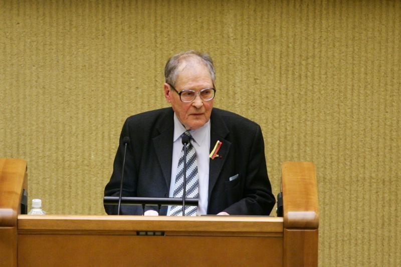 Pirmąją Laisvės premiją siūloma skirti rusų disidentui S.Kovaliovui