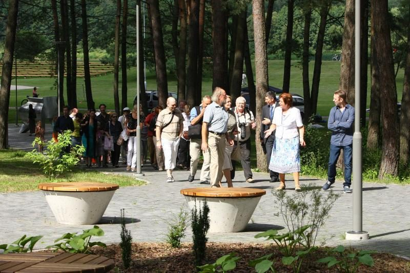 Birštono parke kviečia pasivaikščioti naujas skulptūrų takas