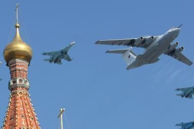 Rusija kuria naujas zenitinių raketų sistemas ir į kosmosą galintį pakilti lėktuvą