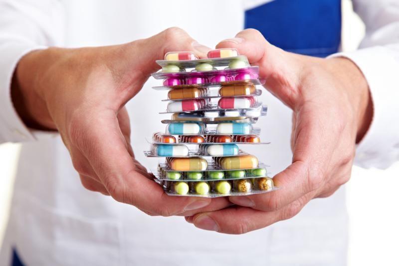Centralizuotai pirks daugiau vaistų ir medicininę įrangą