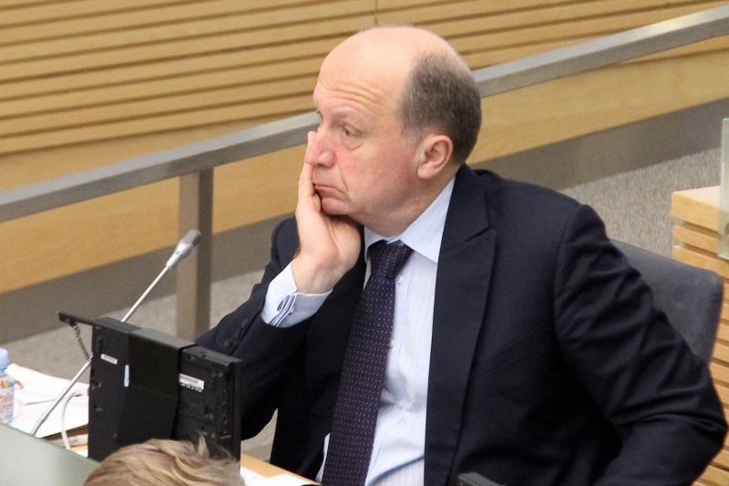 Opozicijos lyderis A.Kubilius ragina atleisti energetikos viceministrą