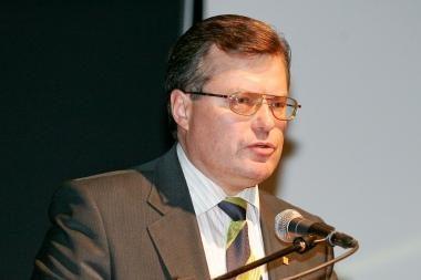 Ministru paskirtas R.Šukys žada tęsti reformas sveikatos srityje (atnaujinta 12.30 val.)