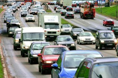 Vairuotojai protestuos dėl automobilių mokesčio