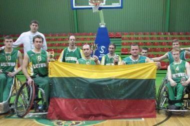 Neįgaliųjų rinktinė krepšinio turnyre užėmė antrąją vietą