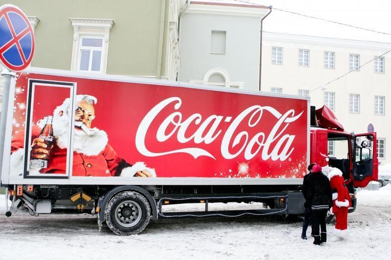 """Iš """"Coca-colos"""" gėrimo sudėties pašalintas kenksmingas ingredientas"""
