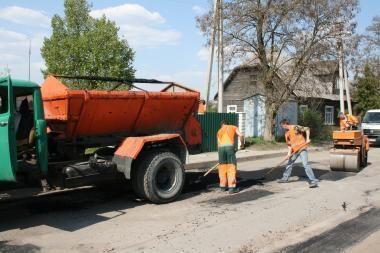 Vilniaus savivaldybė ieško miesto gatvių ir kiemų dangos remontuotojų
