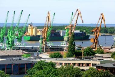 Lietuvos ir Lenkijos uostus ketinama sujungti jūrų greitkeliu