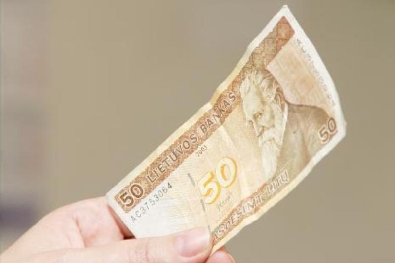 Policijos pareigūno nesugundė 50 litų vertės pasiūlymas