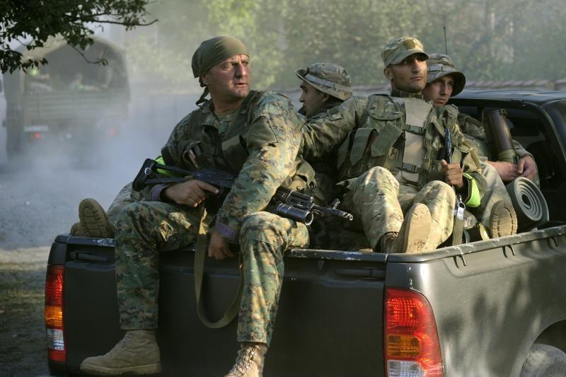 Prie Gruzijos ir Rusijos sienos žuvo 14 žmonių