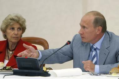 V.Putinas reikalauja