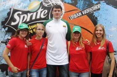 Prasideda sporto savanorių į Europos jaunių čempionatą registracija