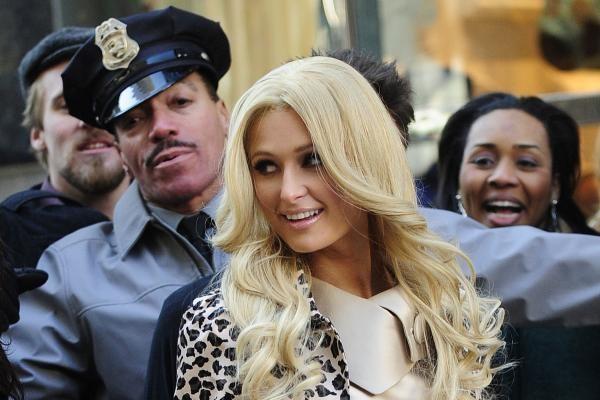 PAR policija sulaikė JAV garsenybę Paris Hilton