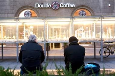 "Duris užveria ""Double Coffee"""