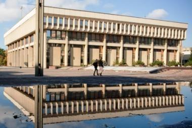 Dėl mažinamo finansavimo prie Seimo akciją surengė savivaldybių atstovai