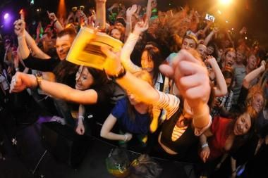 """""""Kiwi"""" klube karaliaus lietuviškos nuotaikos"""