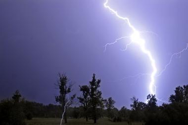 Europoje šėlstančios audros nusinešė mažiausiai 53 gyvybes