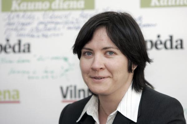 Seimo pirmininkė balsuos, kad E.Žiobienė liktų poste