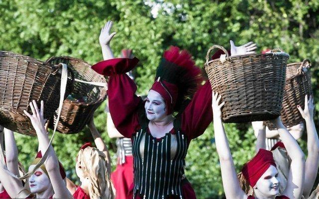 Per Jūros šventę teatrai išeis į Klaipėdos gatves